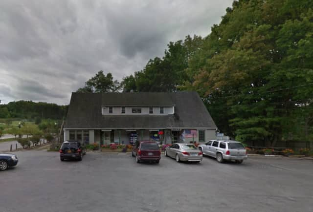A local pizzeria and deli was saved thanks to quick work by the Croton Falls Fire Department.