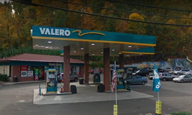 Valero on Ramapo Valley Road in Oakland.