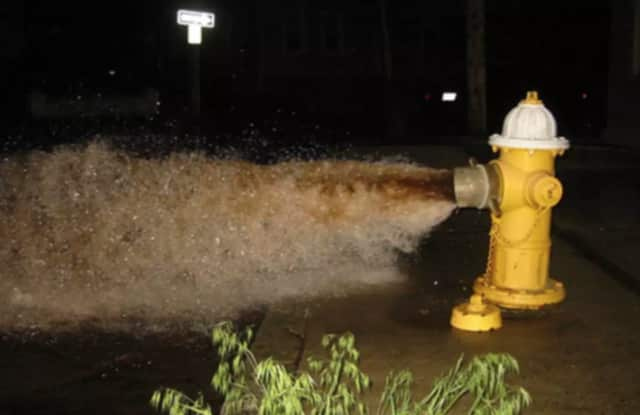 Seuz will be flushing hydrants and blow-offs this week in Bronxville.