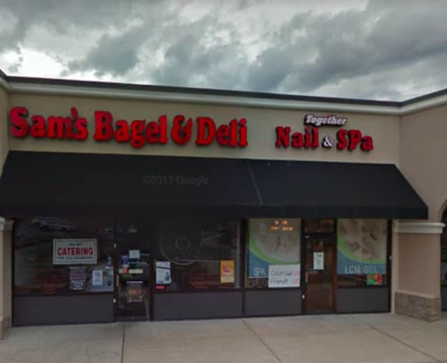 Sam's Bagel & Deli has closed in Wayne.