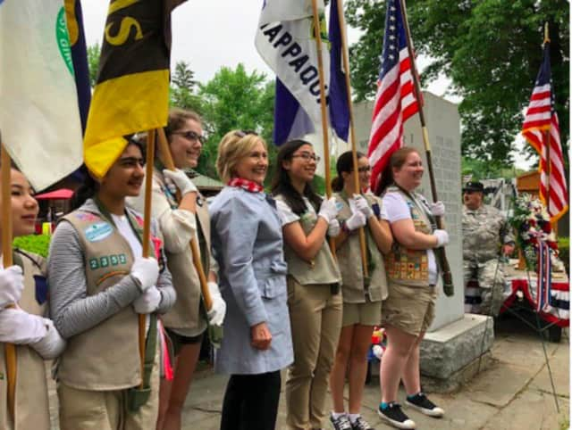 Hillary Clinton of Chappaqua with girls scouts at the New Castle Memorial Day Parade.
