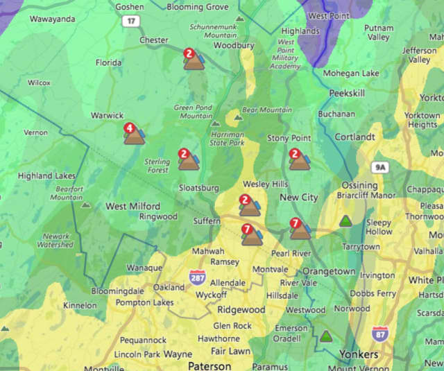 The Orange & Rockland map shows the major outage areas in the county.