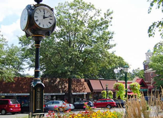 "Do you recognize this clock in the heart of one of America's safest ""cities"" -- actually a village in Westchester? Briarcliff Manor placed second statewide, runner-ip to the Town of Lewisboro, which is the ""Safest City in America,"" for a third year."
