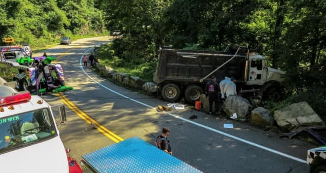 A stretch of Bear Mountain Bridge Road had to be shut down in Cortlandt over the weekend as first responders cleaned up a diesel fuel spill.