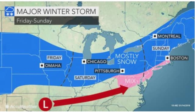"Snow headed to the Northeast this weekend before temperatures take an ""epic nosedive"" -- and then a flash freeze in North Jersey."