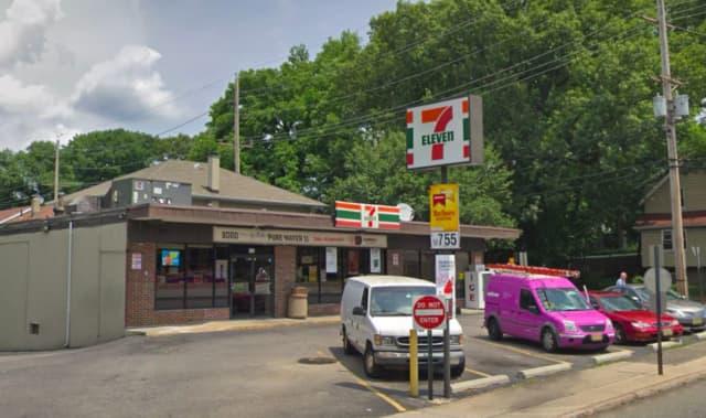 7-Eleven in Dumont
