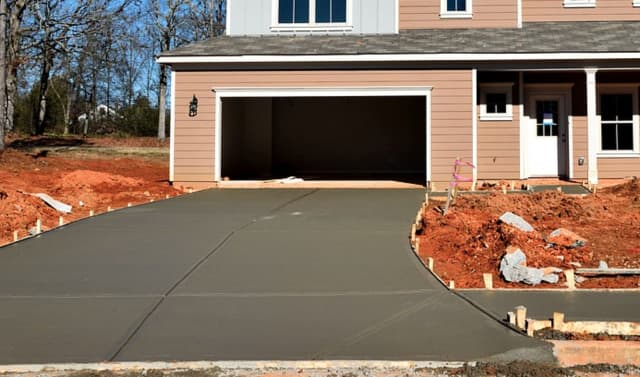 Area residents are being warned of a driveway paving scam.