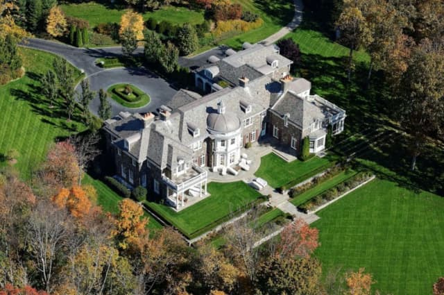 A multi-million dollar Chappaqua mansion will be put up for auction.