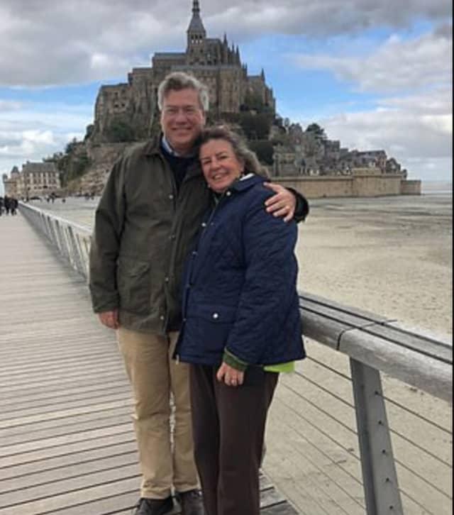 Angela Webb Kensinger, who grew up in New Canaan, and her husband, Stuart Kensinger.