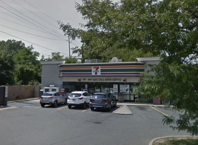 The 7-Eleven in West Babolyn was one of several robbed during a spree.