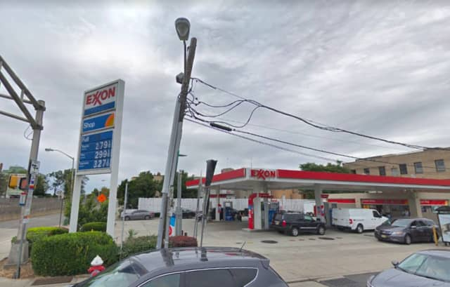 The ticket was sold at the New Hilltop Exxon, located at 3100 Kennedy Blvd. in Union City.