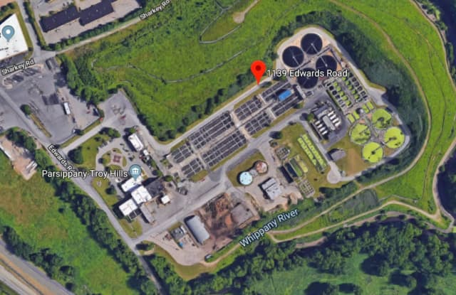 A large-scale chemical spill brought the Morris County Hazardous Material Unit to a water treatment plant in Parsippany Thursday afternoon, first responders said.
