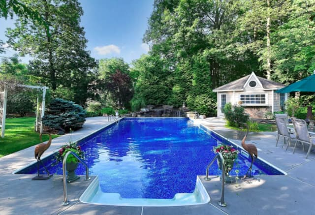 This Wyckoff house and other new Bergen County real estate listings all have pools.