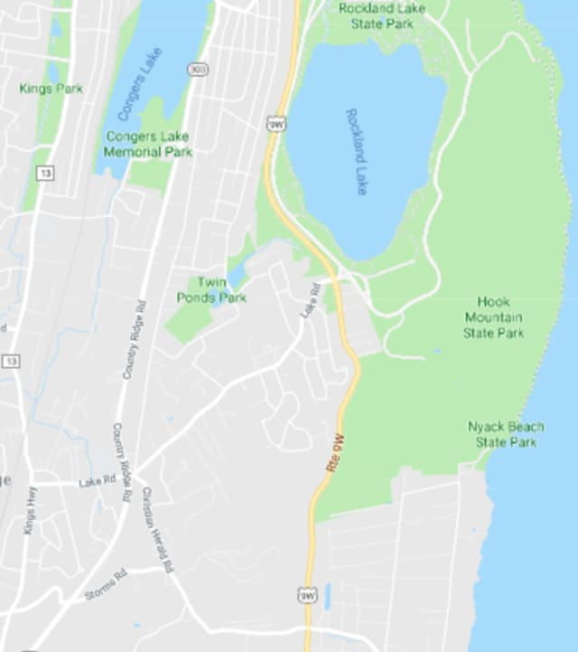 A single-lane closure is scheduled for Route 9W between Christian Herald Road and Rockland Lake Road in the Rockland County town of Clarkstown, according to the NYSDOT.