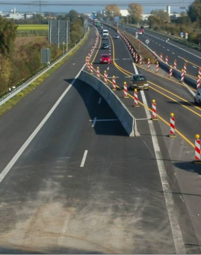 The New York State Department of Transportation is warning motorists of the upcoming single-lane closure on Route 17.