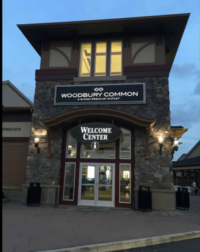 Woodbury Common Shopping Outlet
