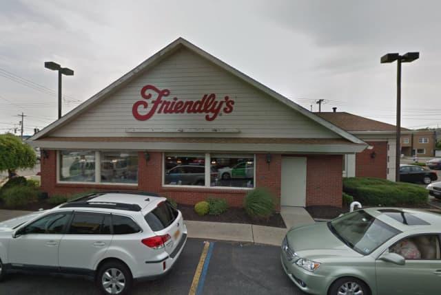 Friendly's in Levittown