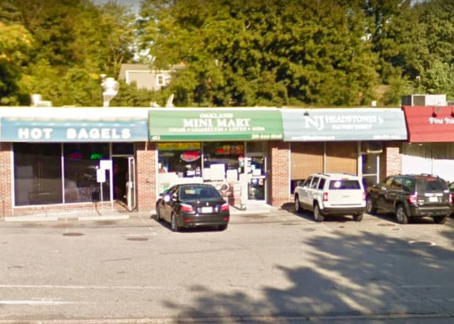 Oakland Mini Mart on Ramapo Valley Road (Route 202) sold the ticket and will receive a bonus check for $2,000.
