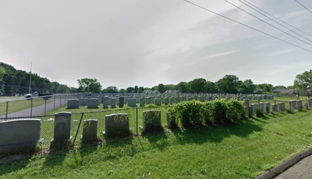 Agues Achim Cemetery at Waverly Street and Tower Avenue in Hartford.