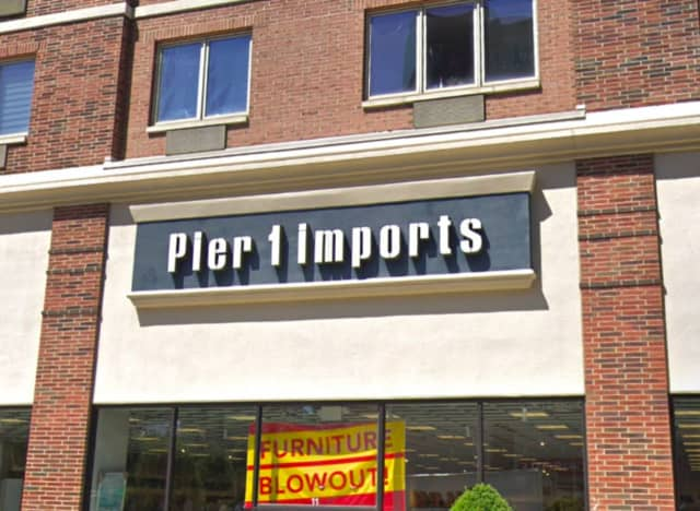 Pier 1 imports in Edgewater is among the three North Jersey stores to close.