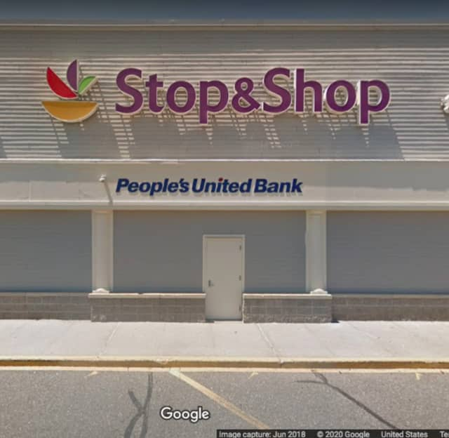 People's United Bank, inside Stop & Shop in Farmingville.