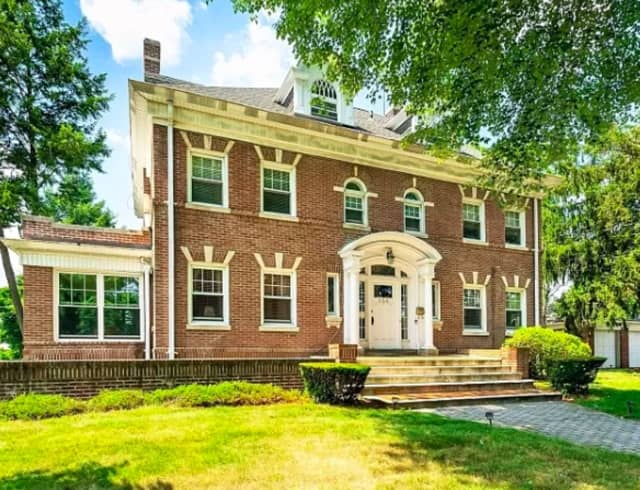 This colonial home is on the market in Newark.