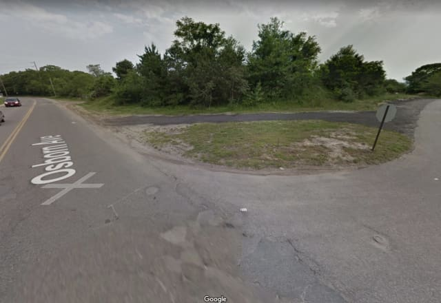 The area of a crash in which a Riverhead Police officer was seriously injured.