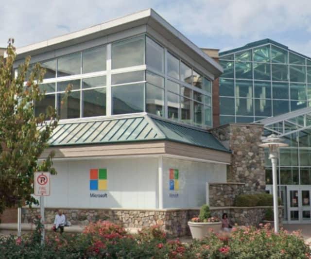 Microsoft Store in Bridgewater Township