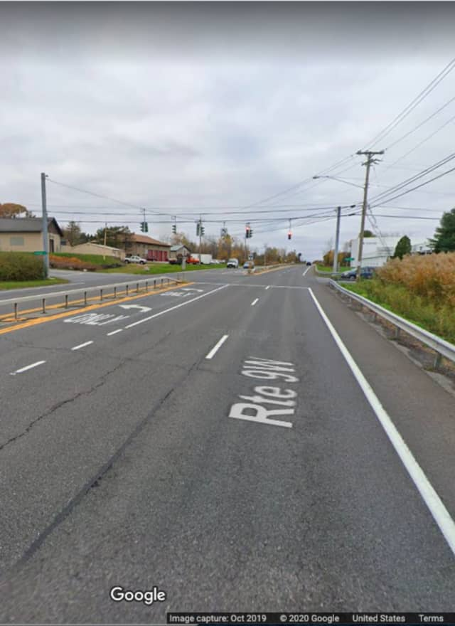 The area of Route 9W and North Riverside Road in the town of Lloyd.