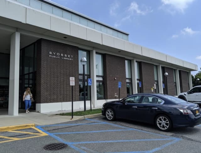 The Syosset Public Library