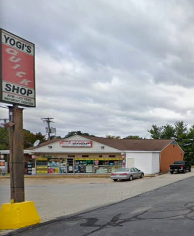 Yogi's Quick Shop at 121 Greentree Road in Blackwood, Gloucester Township