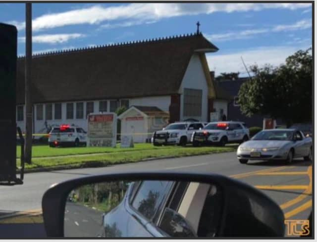Death investigation in Lakewood Monday