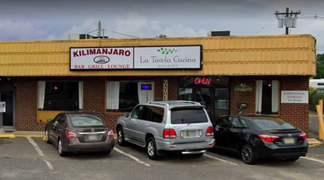Kilimanjaro Bar, Grill & Lounge