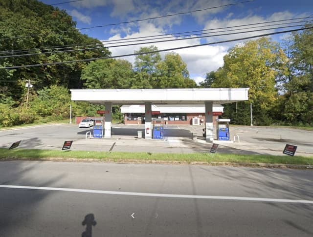 A man has been arrested for allegedly robbing a Mobil gas station in Ulster County.