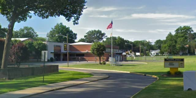 River Dell Middle School