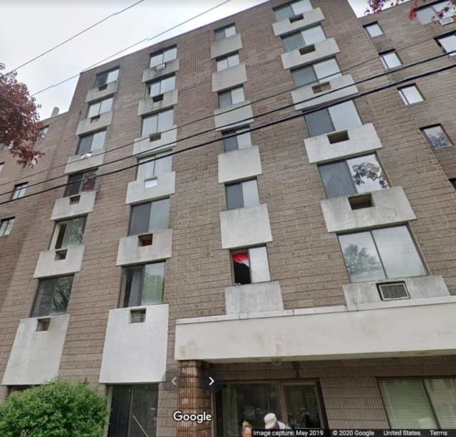 The apartment complex on Bishop Street where the narcotics packaging allegedly took place.