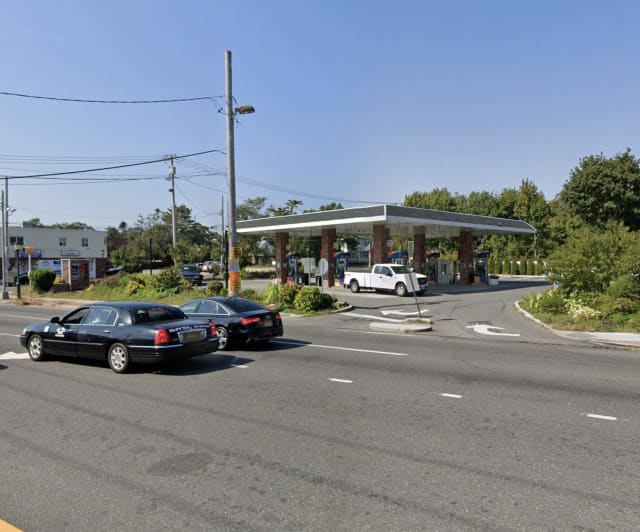 Sunoco at 793 Suffolk Avenue in Brentwood