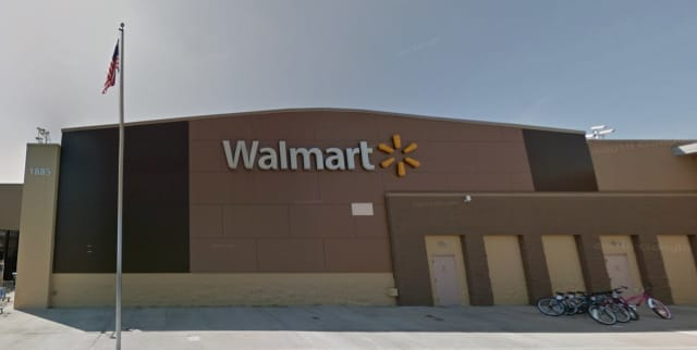 Walmart in Mansfield Commons