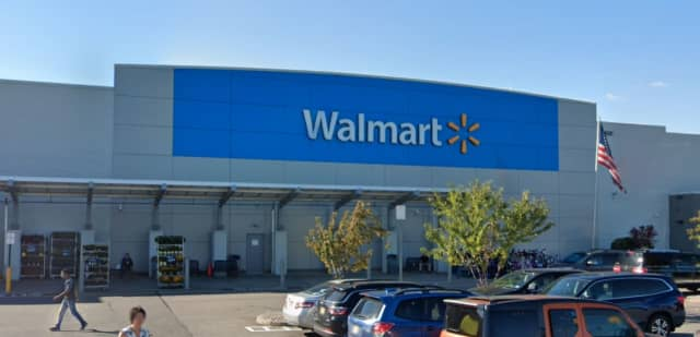 Walmart Supercenter on Park Plaza Drive in Secaucus