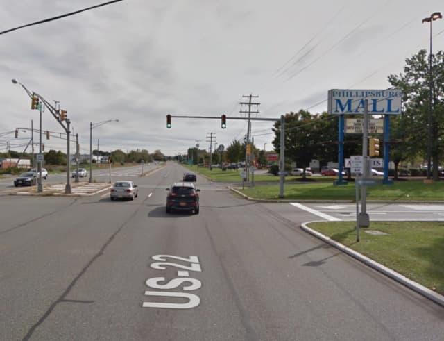Route 22 near the Phillipsburg Mall