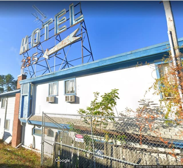 Worcester City Motel on Route 9 (Boston Turnpike) in Shrewsbury.