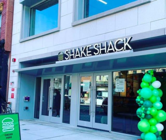 Shake Shack is now open in Hoboken