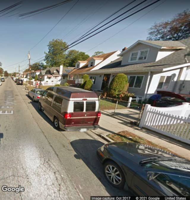 The area of East Pennywood Avenue in Roosevelt where the incident happened.