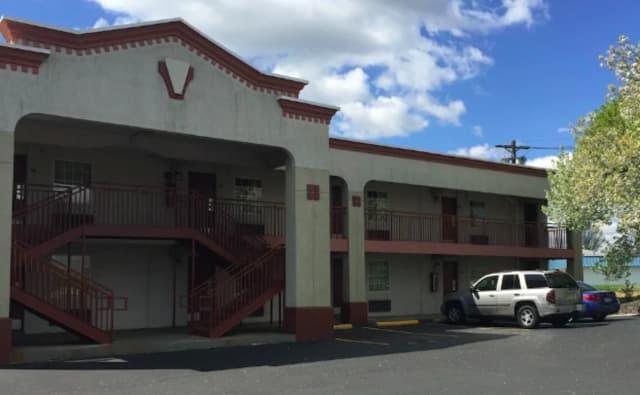 Express Inn Motel