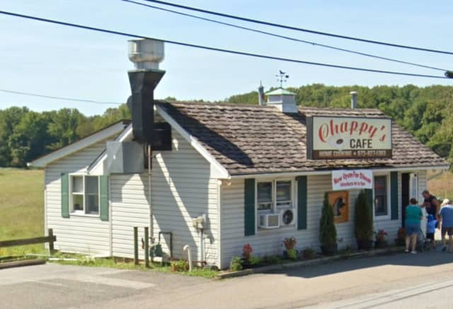 Chappy's Cafe (3290 Route 94, Franklin)