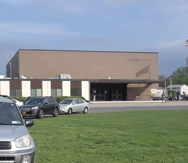 Saugerties High School