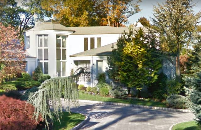 Gloria Gaynor's Central Jersey mansion is on the market.