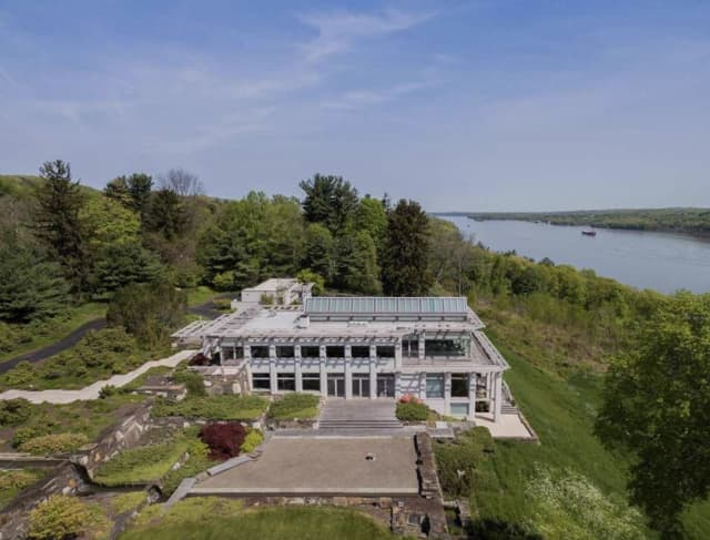 For those with full pockets, a $5.55 million estate is for sale in Ulster County.