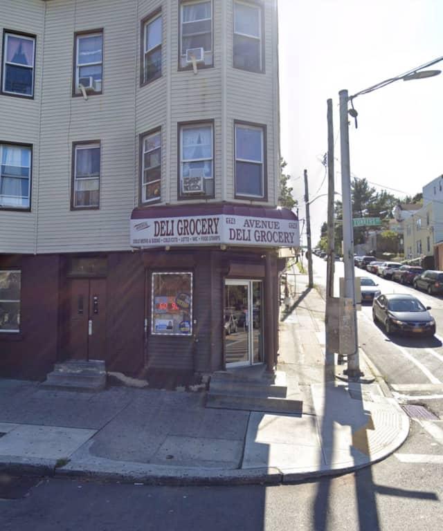 Avenue Deli Grocery in Yonkers