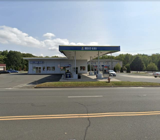 Best Gas at 134 Tolland Turnpike in Manchester, CT.
